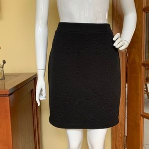 LOFT black imprinted skirt